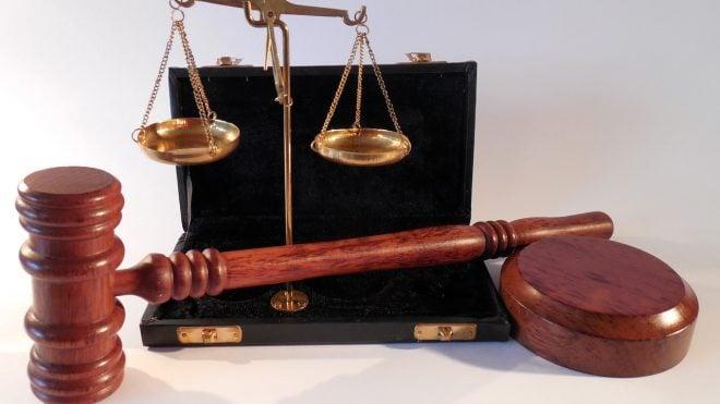 Droga sądowa dla każdego, czyli o tym, jak być zwolnionym z kosztów sądowych.