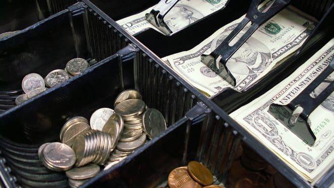 Czy przedsiębiorcze mamy, prowadzące działalność nierejestrowaną muszą posiadać kasę fiskalną?