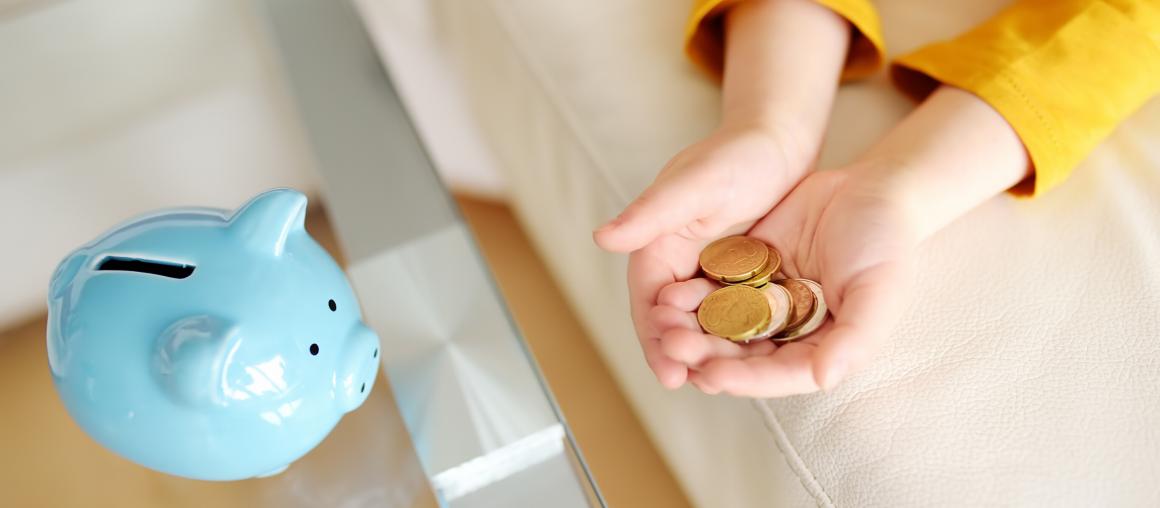 """""""Mamo, Tato... A co to są pieniądze?"""" – czyli jak odpowiednio przekazać dzieciom wiedzę na temat pieniędzy"""